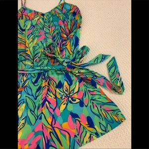 Lilly XS Deanna silky Romper excellent condition